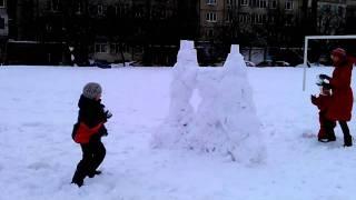 Снежный замок(Это видео загружено с телефона Android., 2012-02-26T22:51:33.000Z)