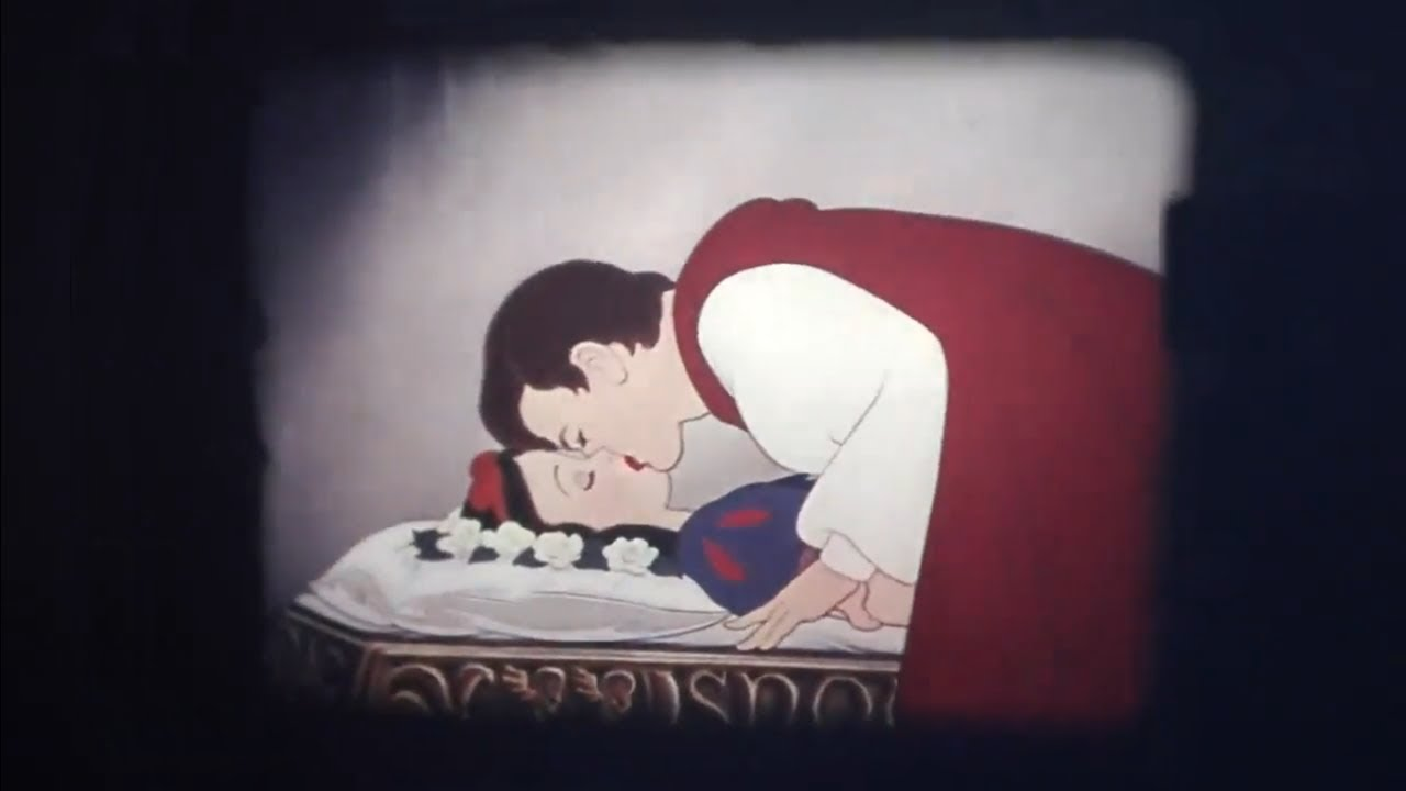 Snow White and the Seven Dwarfs - Ending [16mm - 70s]