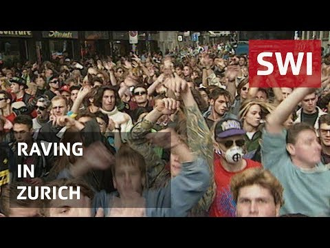 A million people party at Zurich Street Parade