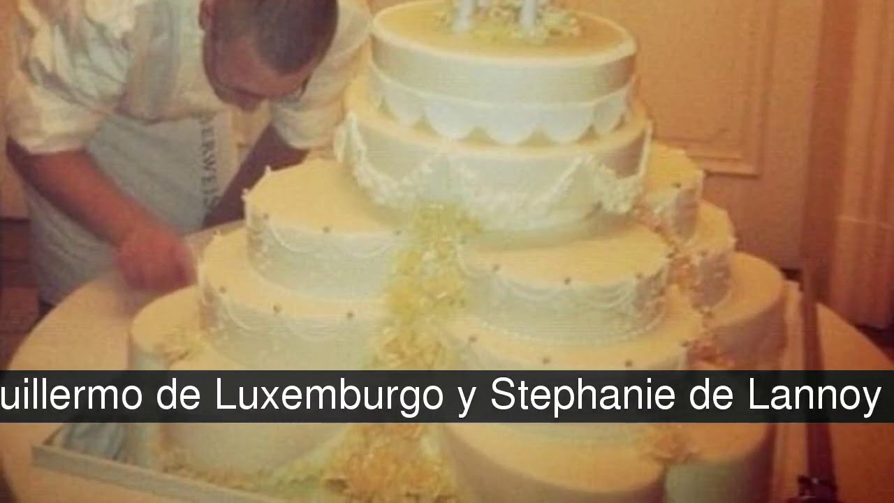 The most spectacular wedding cakes of royalty - YouTube