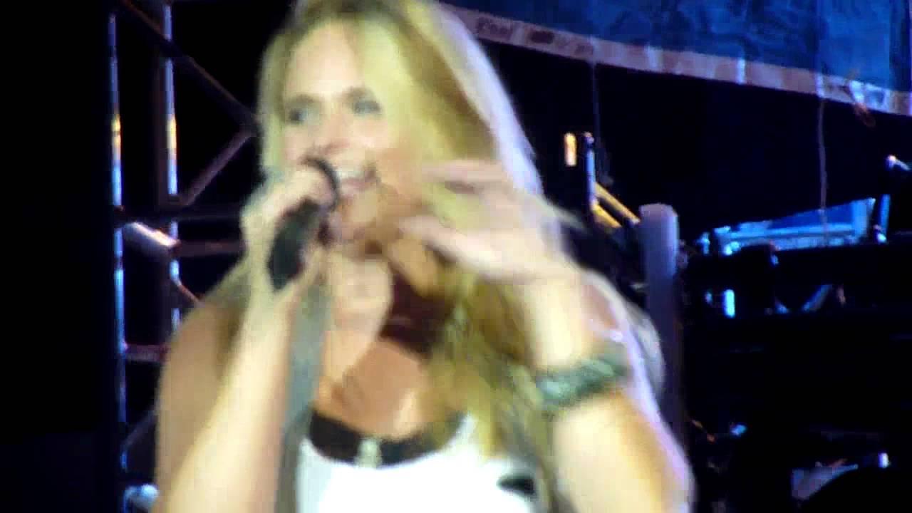 Miranda Lambert - Stay With Me - Cheyenne Frontier Days 2010