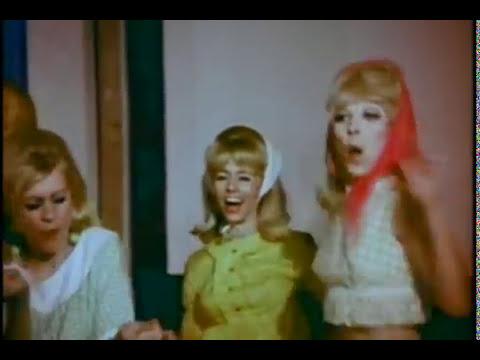 Trailer do filme Blast off Girls