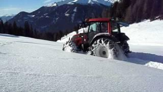 Valtra Snow