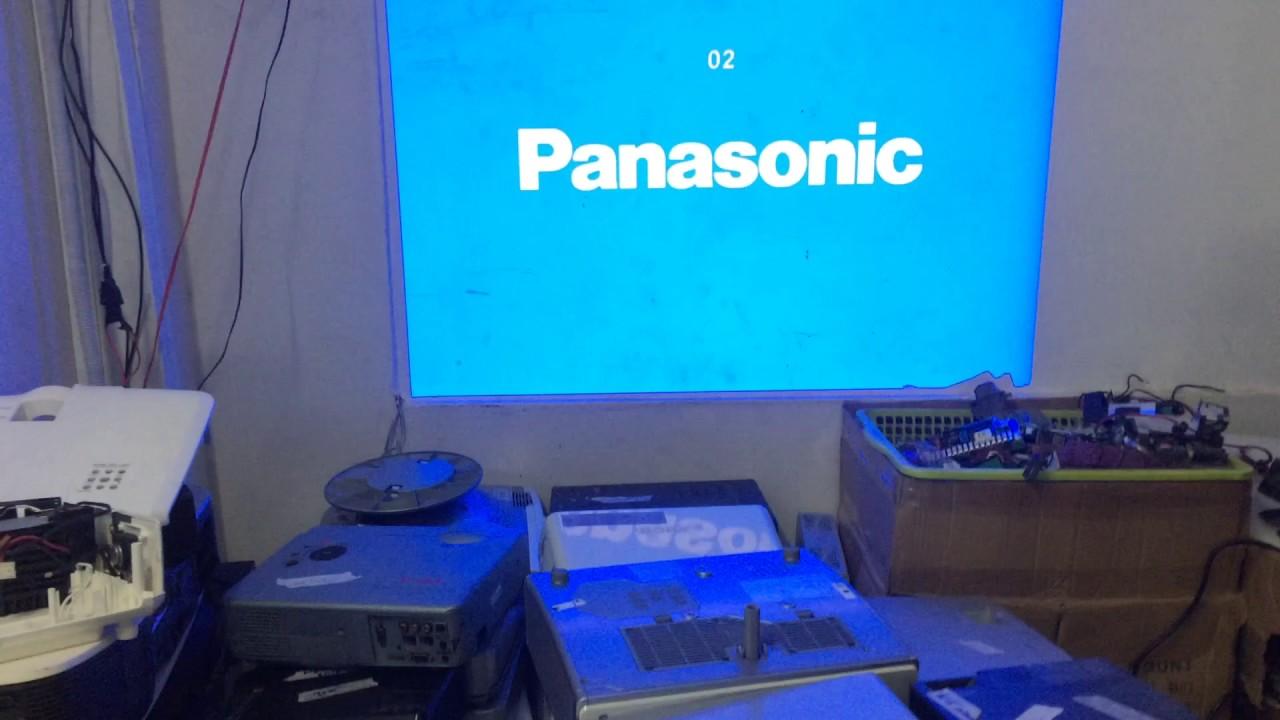 Máy chiếu Panasonic bị loang màu