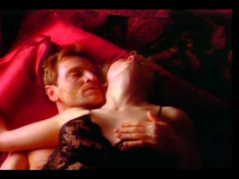 Matt Leblanc Is A Naughty Boy In Just Like That A 30 Sec Red Shoe Diaires Tv Spot