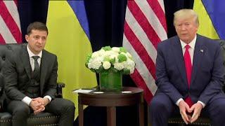 В США продолжают обсуждать скандал с попыткой импичмента президента.