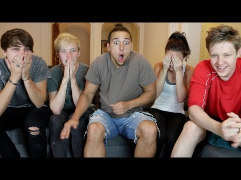 DON'T LOOK AWAY CHALLENGE W/ MY ROOMMATES!!