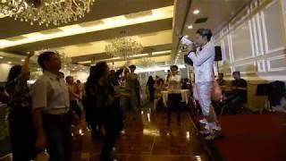 白金升降機 + Monica -- 金韋飛 u0026 Sam哥 -- Mega box 百樂門宴會廳亞拉斯加蟹宴聯歡 181115N