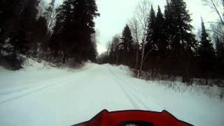 arctic cat xf1100 turbo vs yamaha apex xtx speeding canada snowmobile trail
