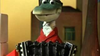 Hebrew version - Happy Birthday from Krokodil Gena (Cheburashka)