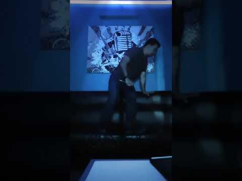 Izz Ahmad - Ku Basuh Luka Dengan Air Mata Karaoke