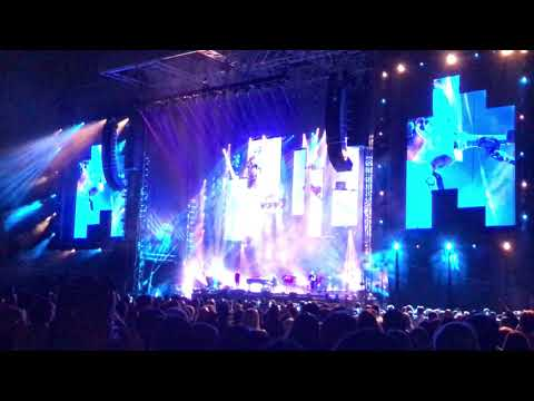 Billy Joel Fenway Park Intro My Life and Pressure 8302017