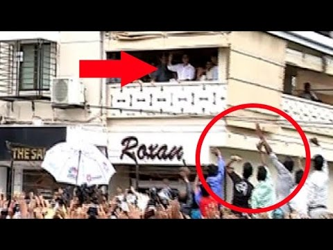 Crazy Fans Might Salman Khan S House Galaxy In Bandra Ahed Of Bajrangi Bhijaan Release