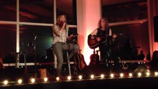 "LeAnn Rimes sings ""Where I Stood"""
