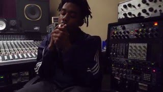 "EarthGang ""Rounds"" Feat. Hardo (Prod By SuperMario) In-Studio Video"