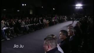 MA_11 DUEL catwalk show at the V&A (live stream version)