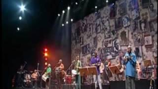 FUNDO DE QUINTAL- NOSSO GRITO ( DVD  VOU FESTEJAR )