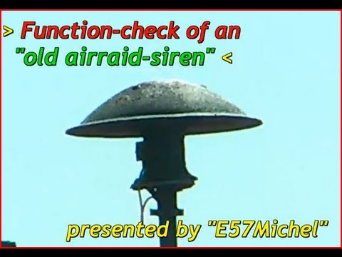 Old German WW2 air raid siren - full in loud Action