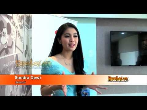 Cantiknya Sandra Dewi Menjelma Jadi Princess Cinderella
