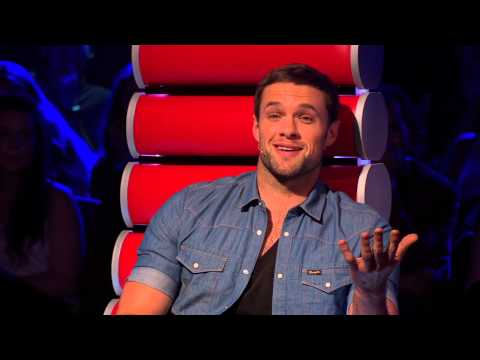 The Voice of Ireland Series 3 Ep 1  Caoin Fitzpatrick Blind Audition