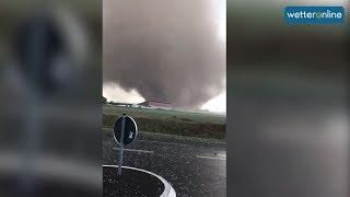 Mächtiger Tornado bei Mönchengladbach