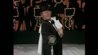 Dean Martin imitates Frank Sinatra
