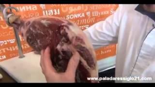 Aprendiendo a cortar jamón con José Mª Ibarrola (I)