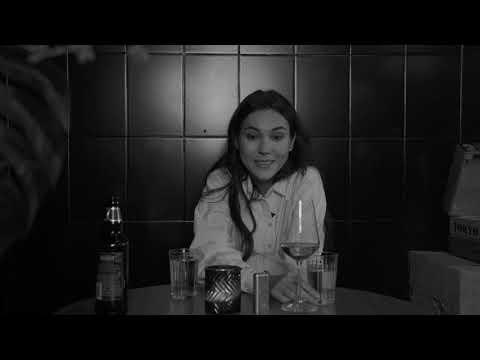 """Подкаст """"Третий лишний"""": свидание вслепую Карины и Рустама"""