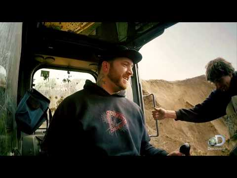 Parker's Excavator Breaks Down | Gold Rush