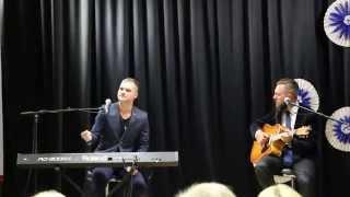Jäädagi nii - esitavad Ott Lepland ja Kristjan Kaasik (music and lyrics by Ott Lepland)