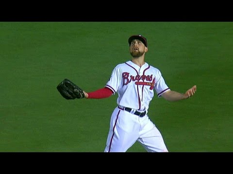 phi@atl:-inciarte-fakes-out-ruiz,-doubles-him-up