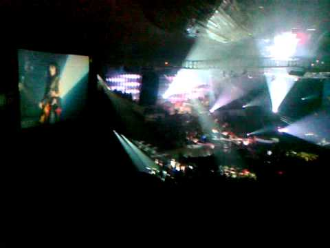 Erwin Gutawa ft Kotak - Angkara dan Rock Bergema (Live)
