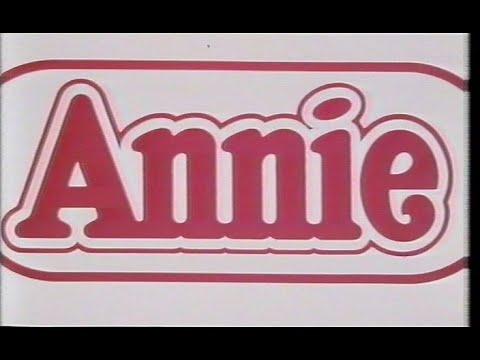 Download Annie (1982) Trailer