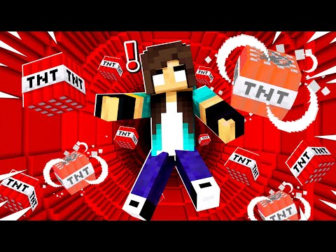 "Noob Girl VS Minecraft ""TNT"" Dropper..."