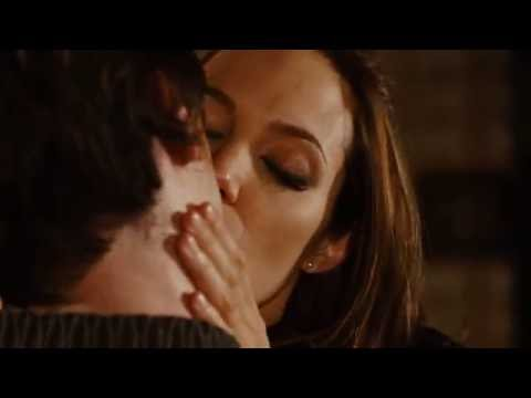 Wanted: Angelina Jolie Kisses James McAvoy