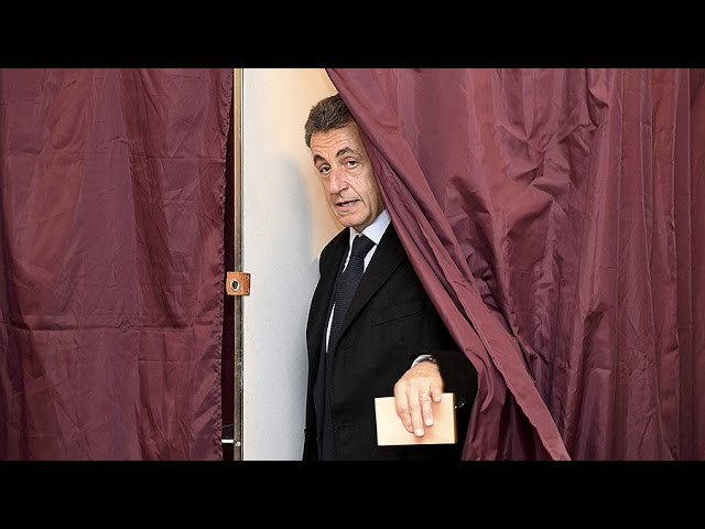 Sarkozy knocked out of French presidential primary