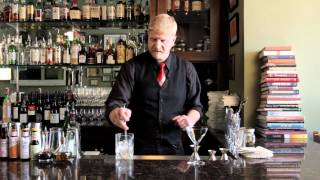 How To Make The Original Martini - Drinkskool Cocktails