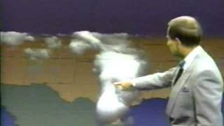wfaa tv s troy dungan discusses 4 d weather