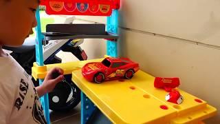 이런 수박 바퀴 보셨나요? 예준이의 전동 자동차 과일 바퀴 갈아끼우기 정비사 공구 수리놀이 오토바이 전동차 Kids Repair Car Power Wheel with Fruit