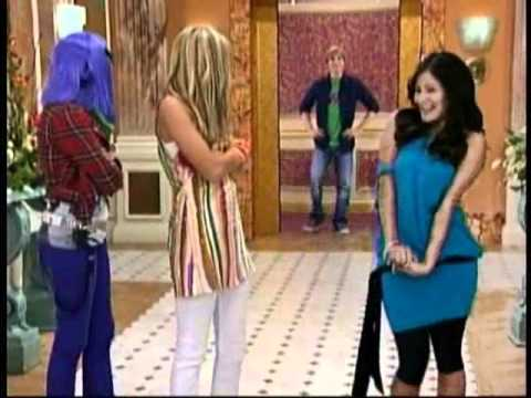 Hannah Montana finds out that Tracey is marrying Jake :O