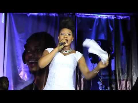 Yemi Alade - Na Gode (Live Performance with Alternate Sound)