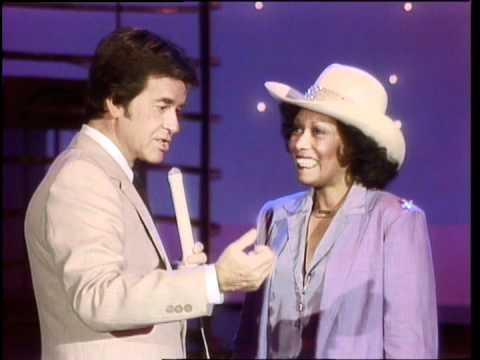 Dick Clark Interviews Dee Dee Sharp - American Bandstand 1981