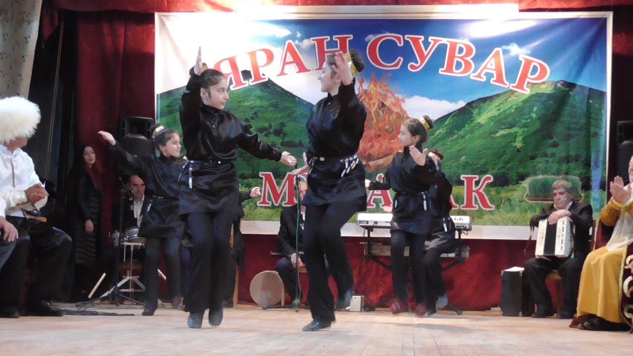 Большой концерт, посвященный празднику Яран Сувар