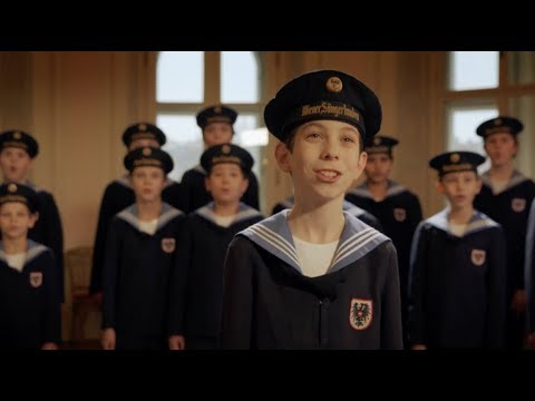 Vienna Boys' Stunning Rendition of Chinese Song Continues to Amaze