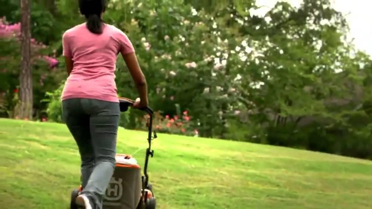 Husqvarna Hu800awd Self Propelled Lawn Mower Youtube