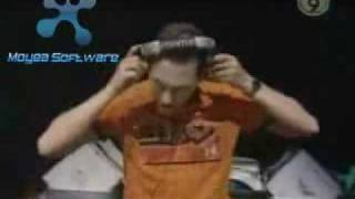 Tiesto ft kosheen - hide U vs flight 643 ( live @ solo tour 2002)