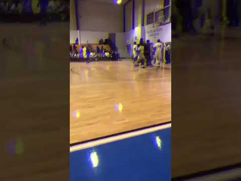 Deonte Johnson ! 6'1 guard ! junior leake central high school