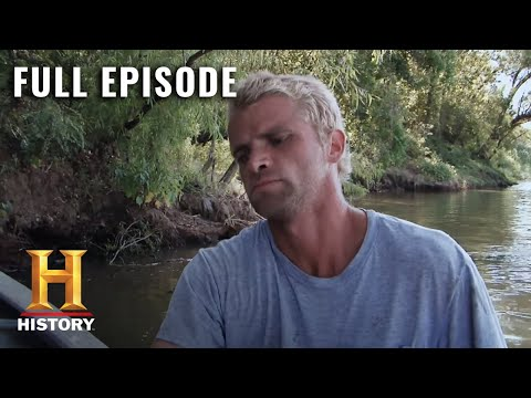 Swamp People: Full Episode - Ten Most Dangerous Moments (Season 8, Episode 0) |A&E