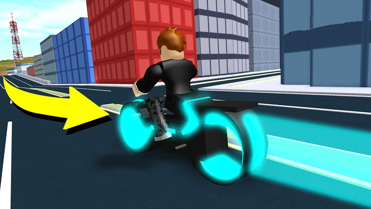 Riding The Volt Bike In The Jailbreak Map Roblox -