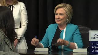 2017-09-12-18-20.Hillary-Clinton-Signs-Copies-Of-New-Book-in-NYC